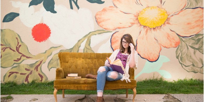 Vintage couch prop with Aubrey Grace Photography